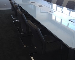 Grande table de réunion Gamme I Meet - Marseille